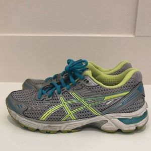 Shoes - ASICS Sneakers